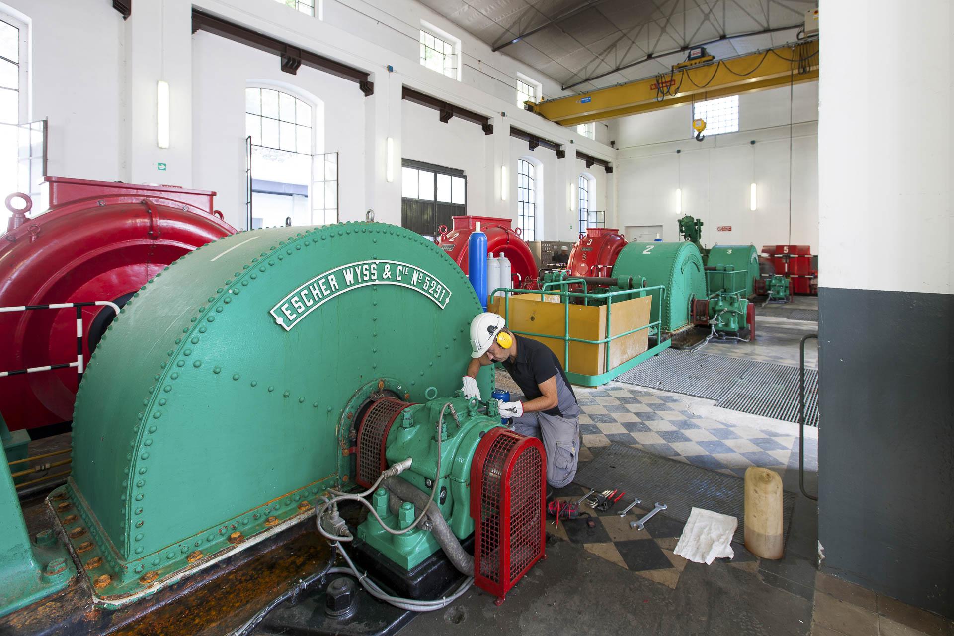 Centrale produzione idroelettrica rinnovabile Verres CVA turbine