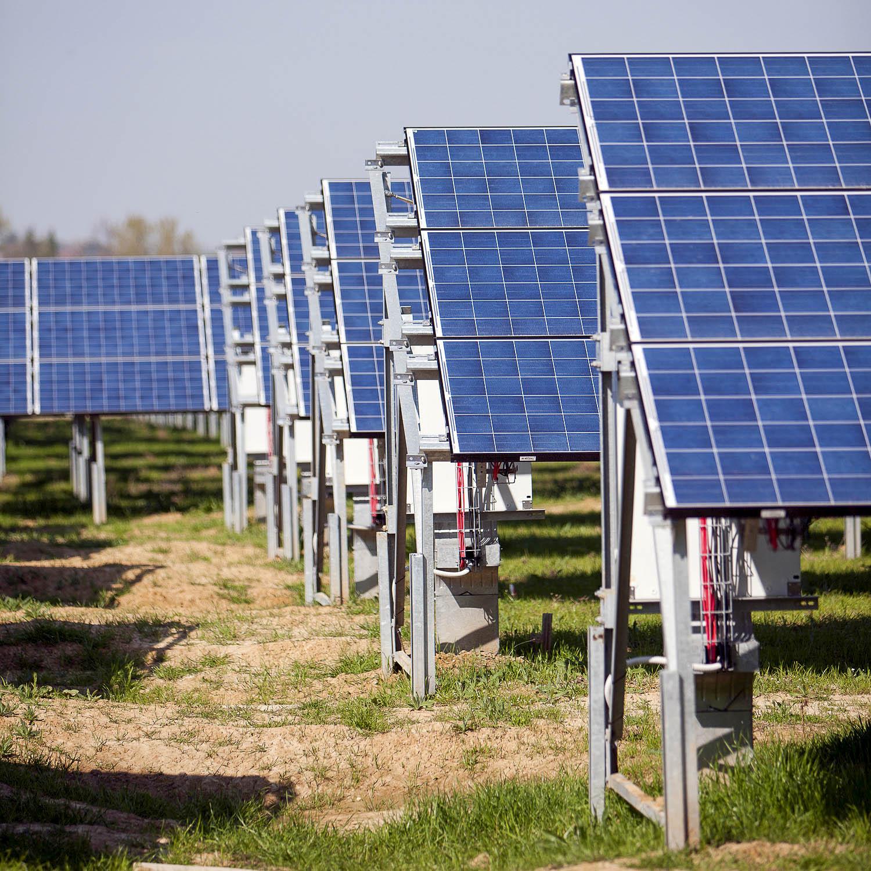 Impianto produzione energia sole rinnovabile verde sostenibile pannelli fotovoltaici Valenza Fornace